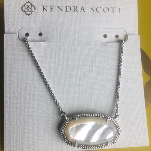 c0eb74e0cb9b6 Delaney Silver Pendant Necklace In Ivory Pearl NWT